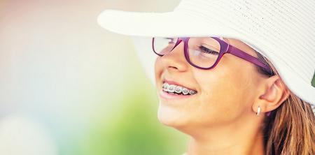 اگر کودک در مرحله ی اول درمان است، آیا به سیم کشی کامل دندان نیاز خواهد داشت؟