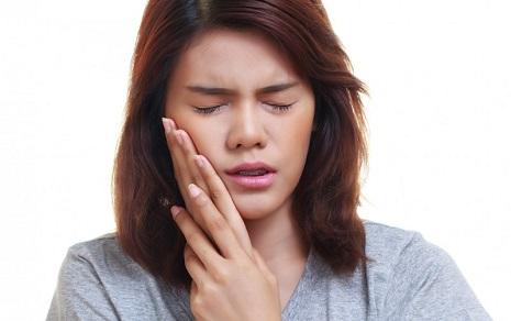 دلایل اصلی درد ارتودنسی
