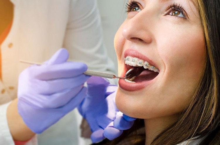 بهترین متخصص ارتودنسی برای زیبا کردن لبخند و رفع مشکلات فک و دندان