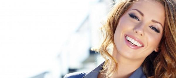woman-smiling-600x267
